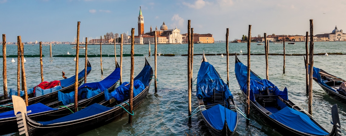 Italy could be closed to tourism through year