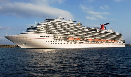 Carnival extends cruise pause